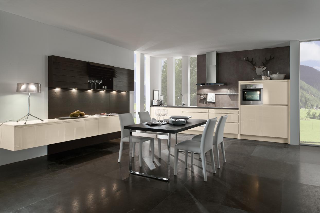 Moderne keukens vindt u in friesland bij huizenga keukenstyle