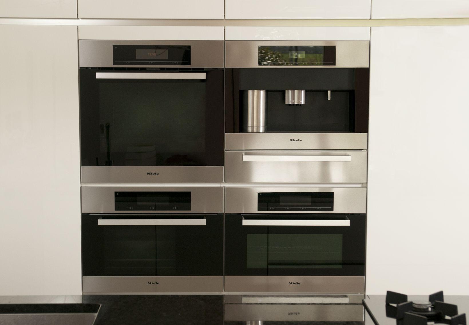 Keuken Met Gratis Quooker : Systemat keuken hoogglans greeploos met Miele en Quooker Twin Taps