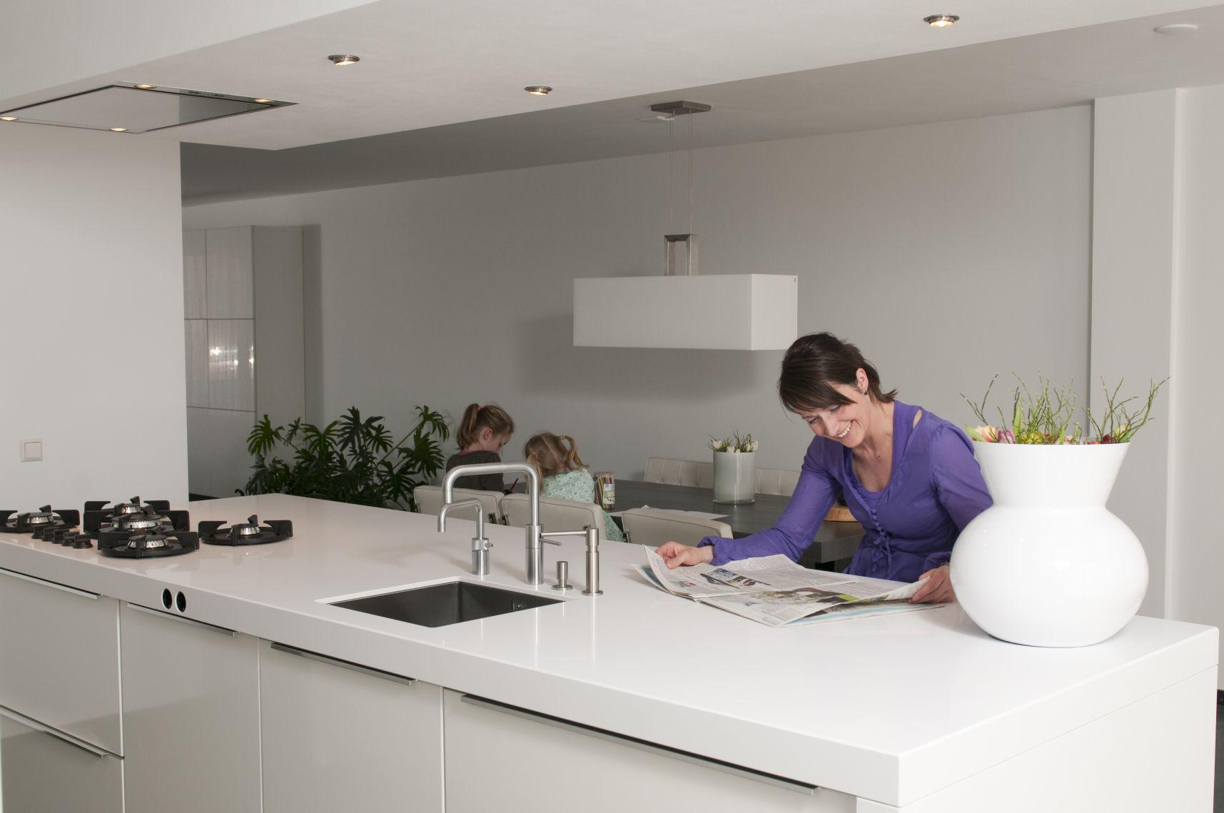 Keukenkast met werkblad - Werkblad voor witte keuken ...