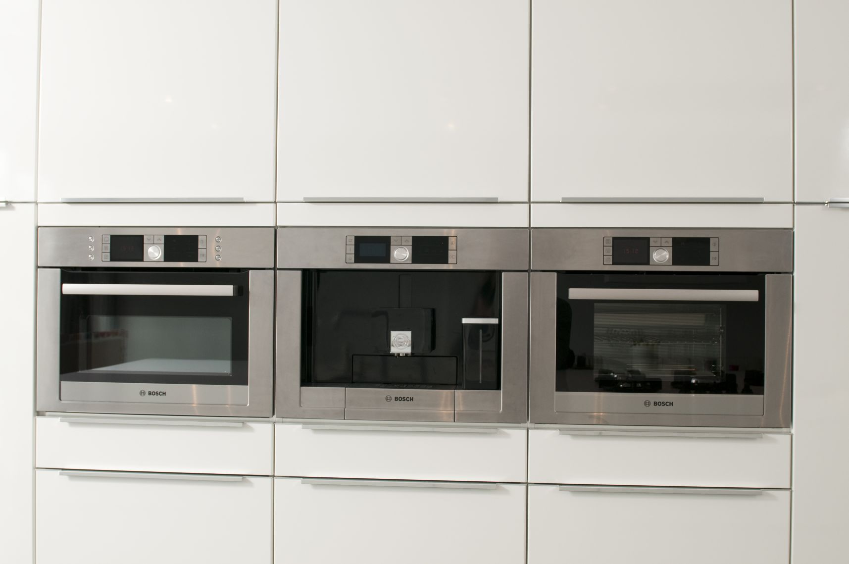 H cker systemat 4030 hoogglans wit in friesland groningen for Bosch apparatuur